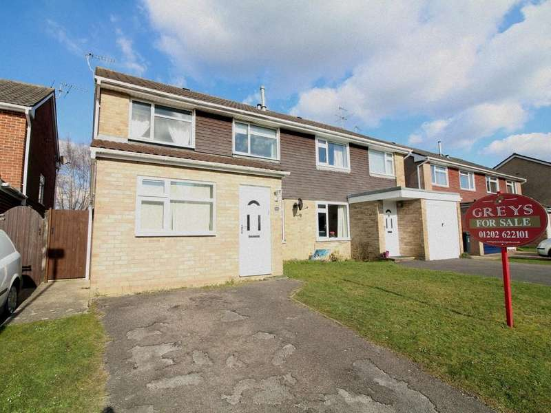 4 Bedrooms Semi Detached House for sale in Lynwood Drive, Wimborne