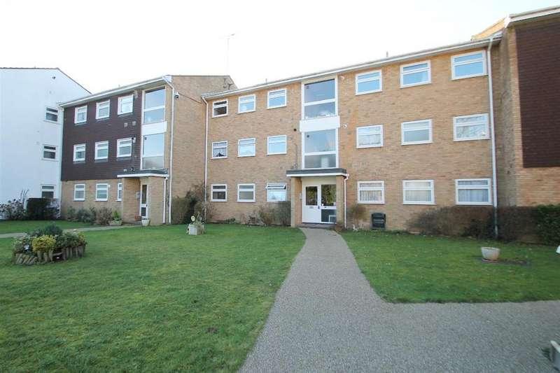2 Bedrooms Flat for sale in High Road, Bushey Heath, Bushey