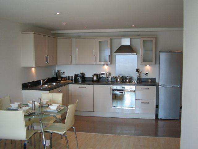 2 Bedrooms Apartment Flat for sale in **ATTENTION LANDLORDS**MASSHOUSE FURNISHED 2 DOUBLE BEDROOM APARTMENT