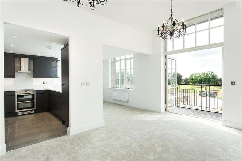 2 Bedrooms Apartment Flat for rent in The Residence, Bishopthorpe Road, York, YO23