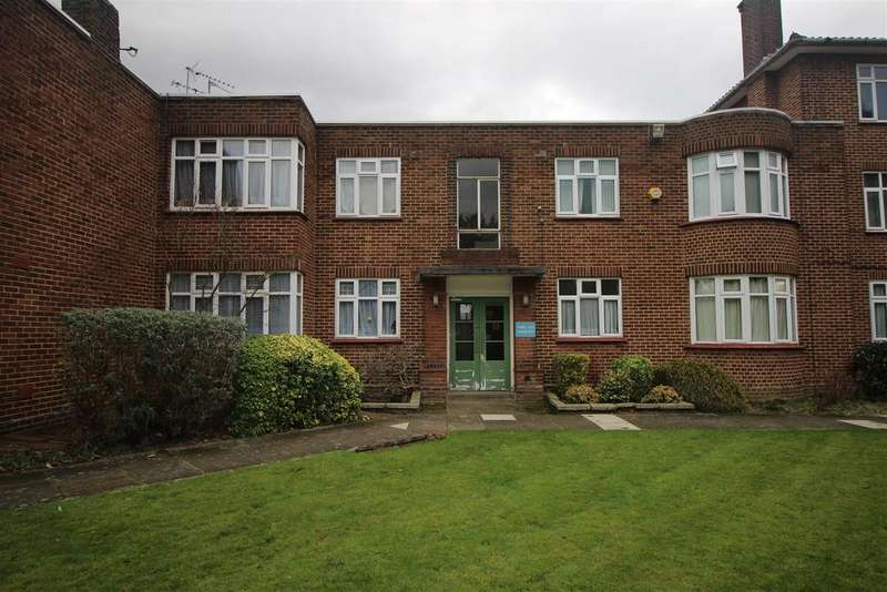 2 Bedrooms Apartment Flat for sale in Canons Park Close, Edgware