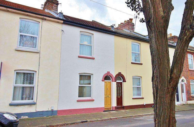 2 Bedrooms Terraced House for sale in Addison Road, Southsea