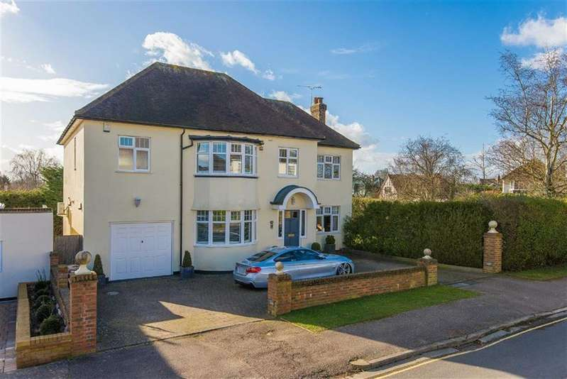 5 Bedrooms Detached House for sale in Mountway, Potters Bar, Hertfordshire
