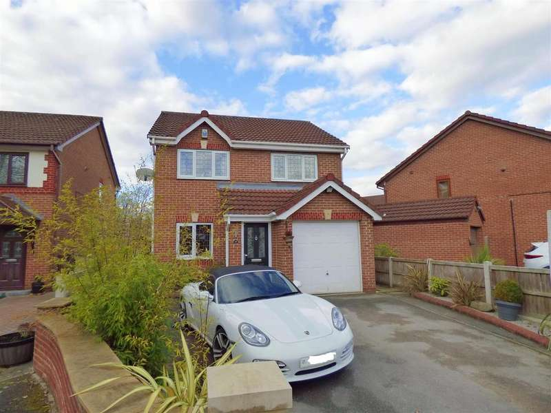 3 Bedrooms Detached House for sale in Thornleigh Drive, Liversedge