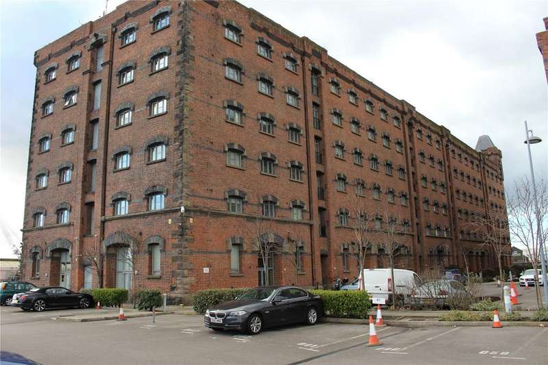 3 Bedrooms Apartment Flat for rent in East Float Quay, Dock Road, Birkenhead, Merseyside, CH41