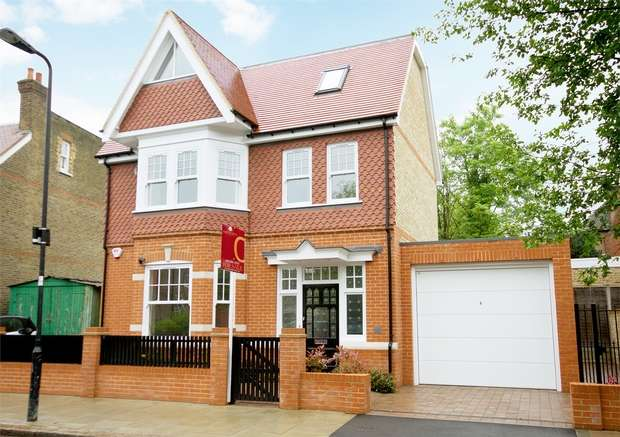4 Bedrooms Detached House for rent in Hillcrest Road, Acton