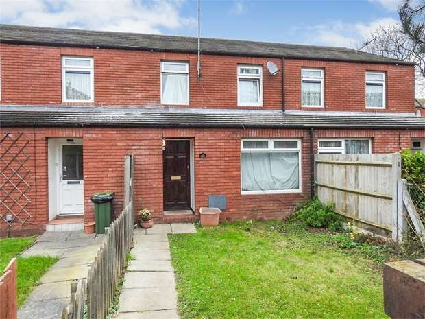4 Bedrooms Terraced House for sale in Gordon Road, Basildon, Essex