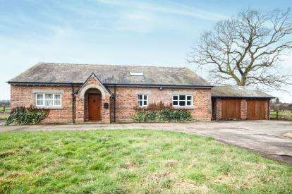 4 Bedrooms Detached House for sale in Fieldhouse Farm, Swettenham Road, Somerford Booths, Cheshire