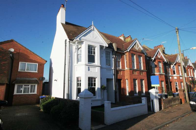 4 Bedrooms Semi Detached House for sale in Victoria Road, Shoreham-By-Sea