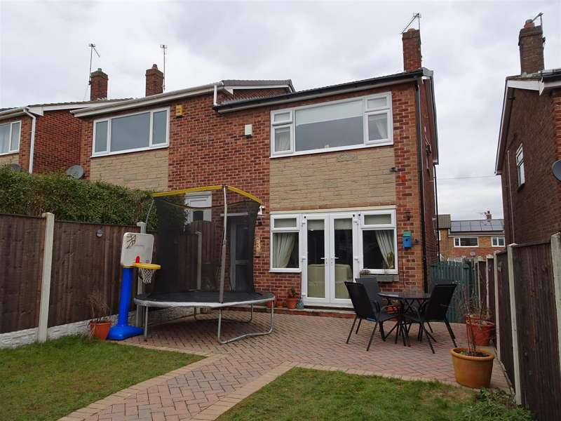 3 Bedrooms Semi Detached House for sale in 19 Edmund Avenue, Brinsworth, Rotherham, S60 5LL