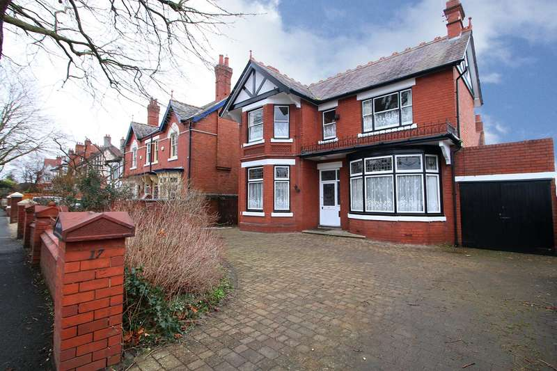 4 Bedrooms Detached House for sale in Red Hill, Oldswinford, Stourbridge, DY8