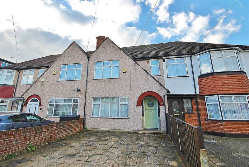 3 Bedrooms Terraced House for sale in Victoria Avenue, Hillingdon, UB10 9AH