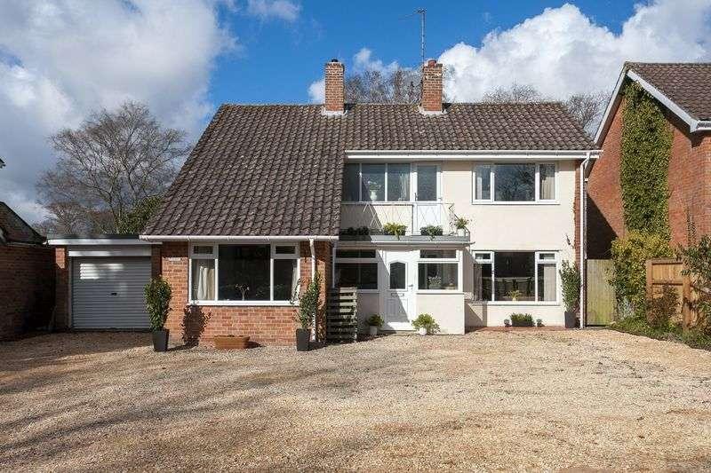 4 Bedrooms Property for sale in Potterne Road, Devizes