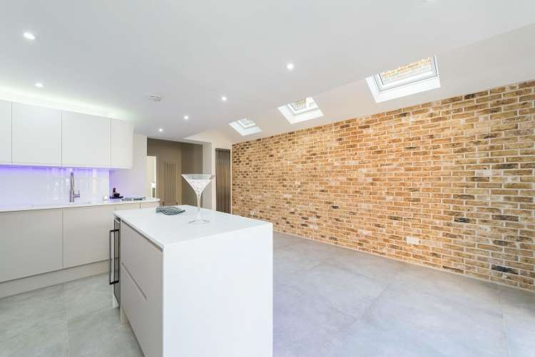 5 Bedrooms Terraced House for sale in St. Donatts Road New Cross SE14