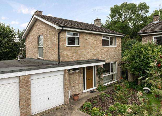 4 Bedrooms Link Detached House for sale in The Meadows, Haslingfield, Cambridge