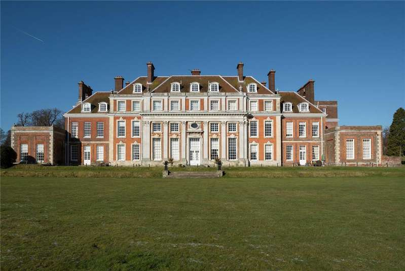 3 Bedrooms Flat for sale in Waldershare House, Waldershare Park, Waldershare, Kent