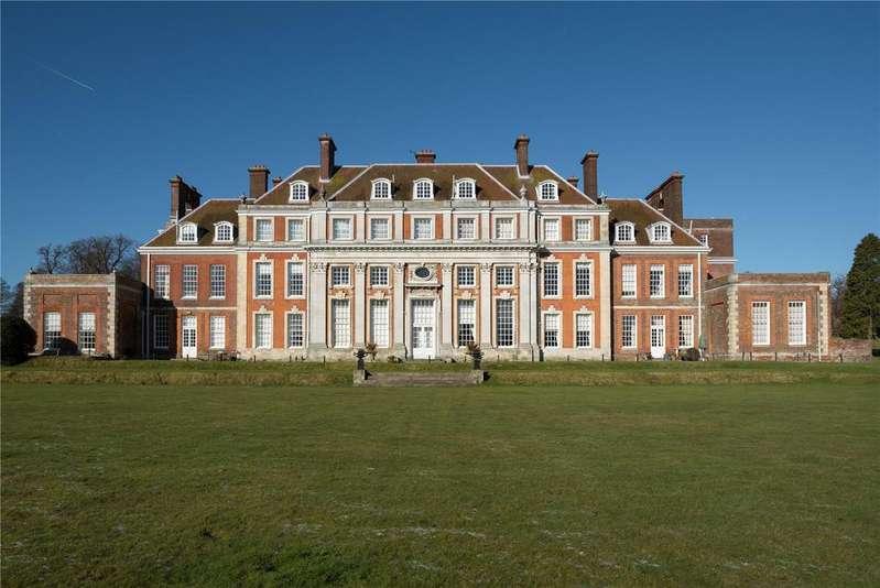 3 Bedrooms Flat for sale in Waldershare House, Waldershare, Dover, Kent