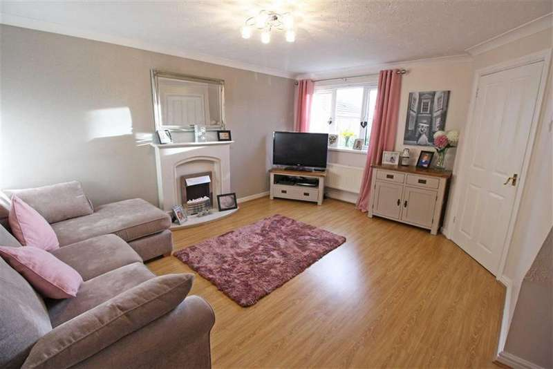 3 Bedrooms Detached House for sale in The Rise, Landare, Aberdare