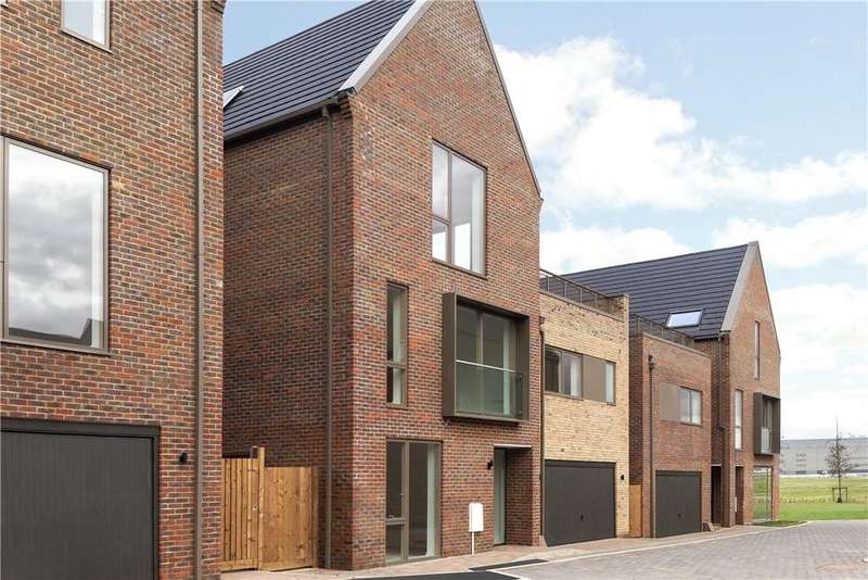 5 Bedrooms Detached House for sale in Hobson Avenue, Great Kneighton, Cambridge, CB2