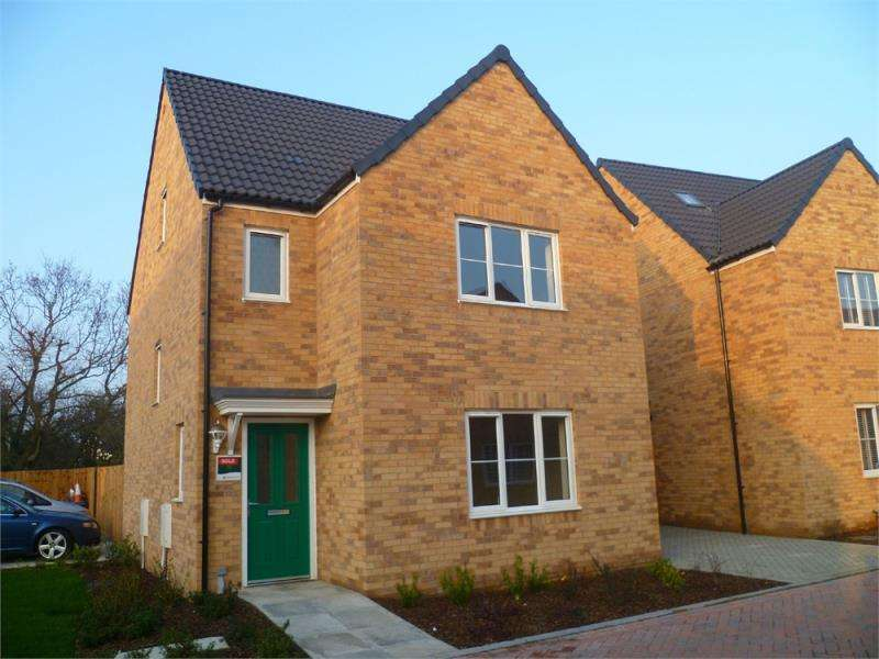 4 Bedrooms Detached House for rent in FRINTON-ON-SEA, Essex