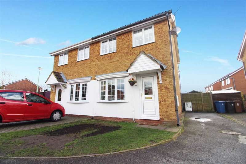 2 Bedrooms Semi Detached House for sale in Baker Road, Shotley Gate