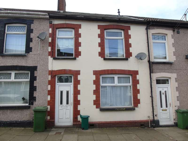 3 Bedrooms Terraced House for sale in Wood Street, Cilfynydd, Pontypridd