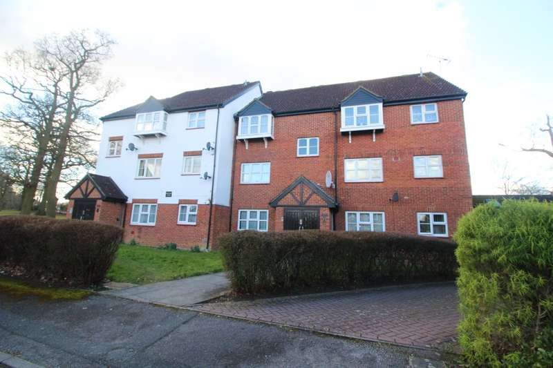2 Bedrooms Flat for rent in Redwood Close, Watford, WD19