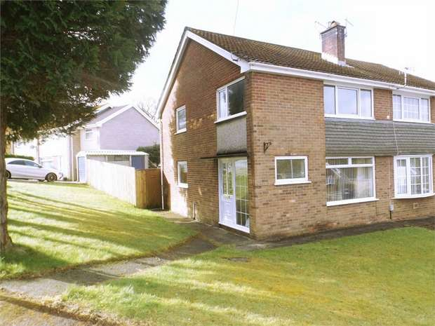 3 Bedrooms Semi Detached House for sale in Castle Drive, Cimla, Neath, West Glamorgan