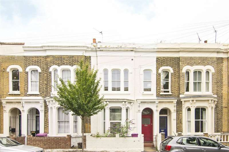 1 Bedroom Flat for sale in Lichfield Road, Bow, London, E3