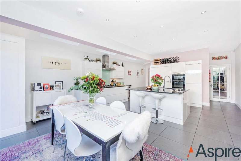 4 Bedrooms House for rent in Ribblesdale Road, London