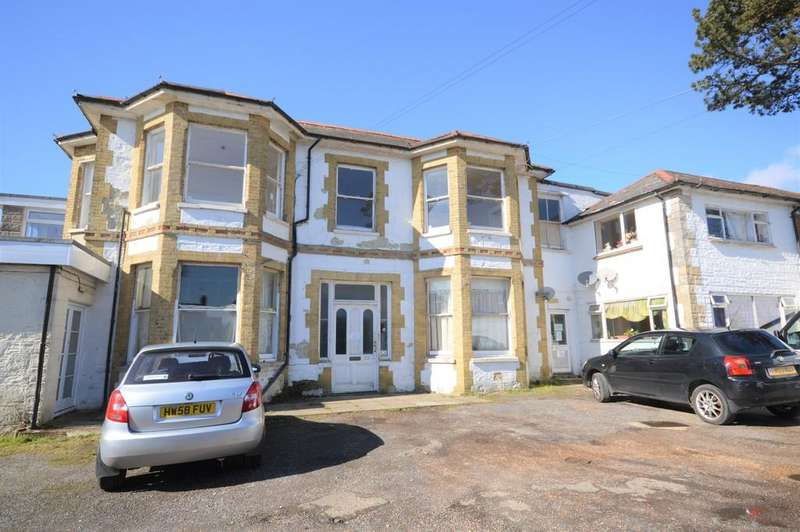 3 Bedrooms Flat for rent in Arthurs Hill, Shanklin