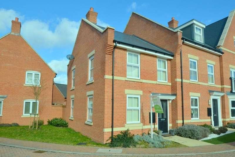 2 Bedrooms End Of Terrace House for sale in The Sandlings, Martlesham, Woodbridge, IP12 4UE