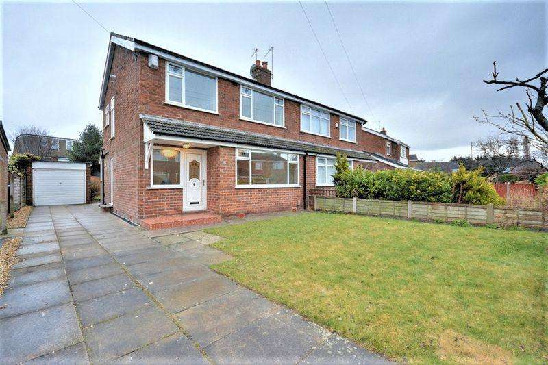 3 Bedrooms Semi Detached House for rent in Lancaster Road, Liverpool