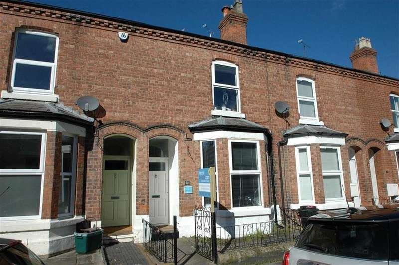 4 Bedrooms Terraced House for sale in Gladstone Avenue, Chester
