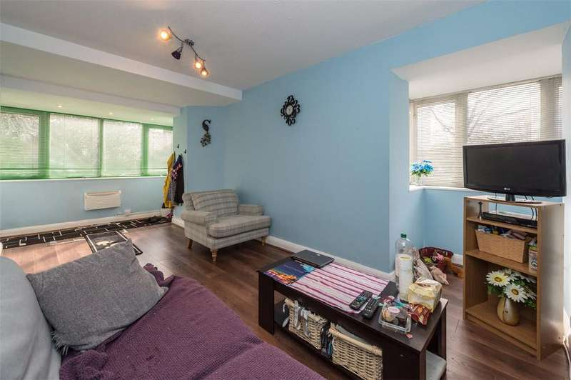 1 Bedroom Flat for sale in Osprey Heights, Bramlands Close, London, SW11