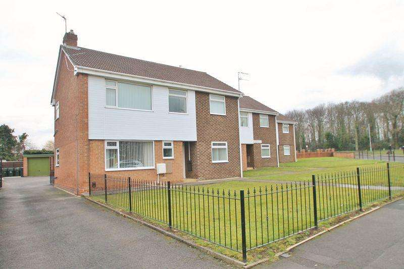2 Bedrooms Apartment Flat for sale in Holme Court, Lealholm Crescent, Ormesby