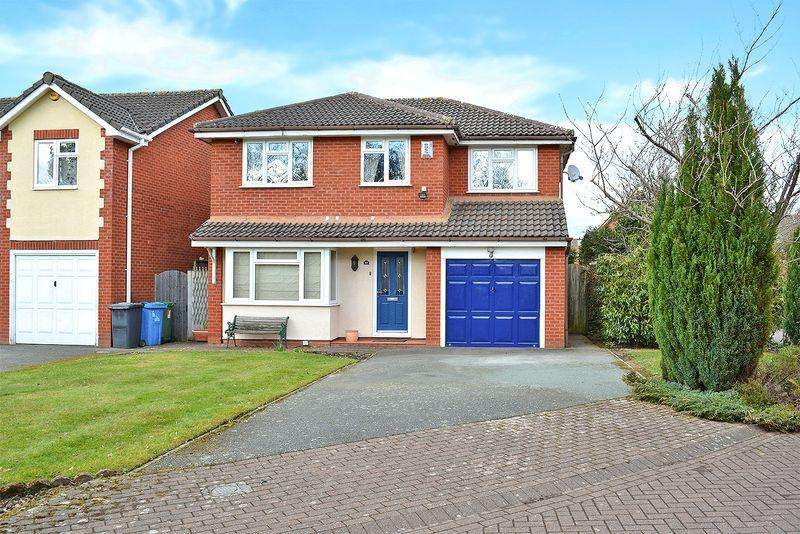 4 Bedrooms Detached House for sale in Dorchester Park, Sandymoor