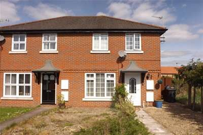 2 Bedrooms House for rent in SWINDON