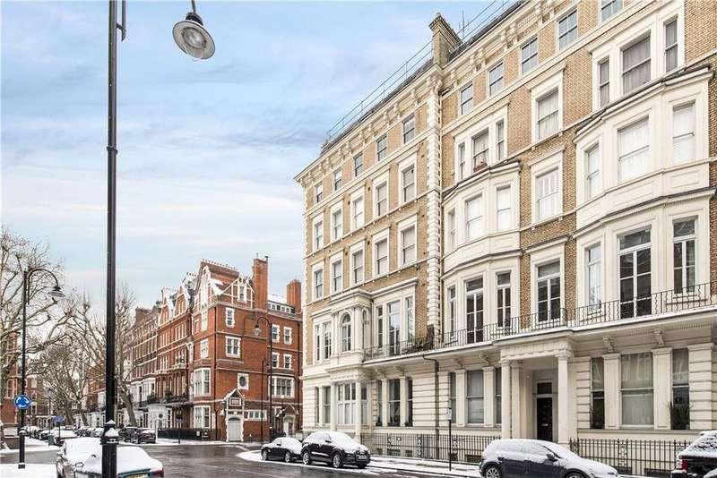 2 Bedrooms Flat for sale in Harrington Gardens, South Kensington, London, SW7