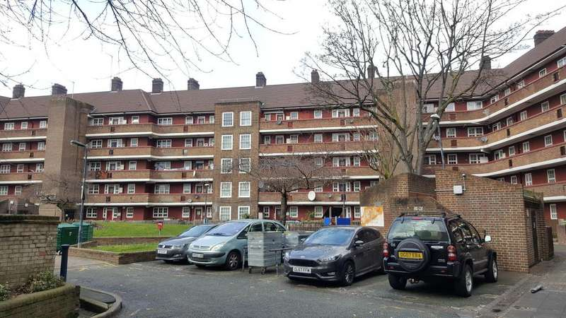 4 Bedrooms Flat for sale in DOLLAND HOUSE, NEWBURN STREET, LONDON SE11