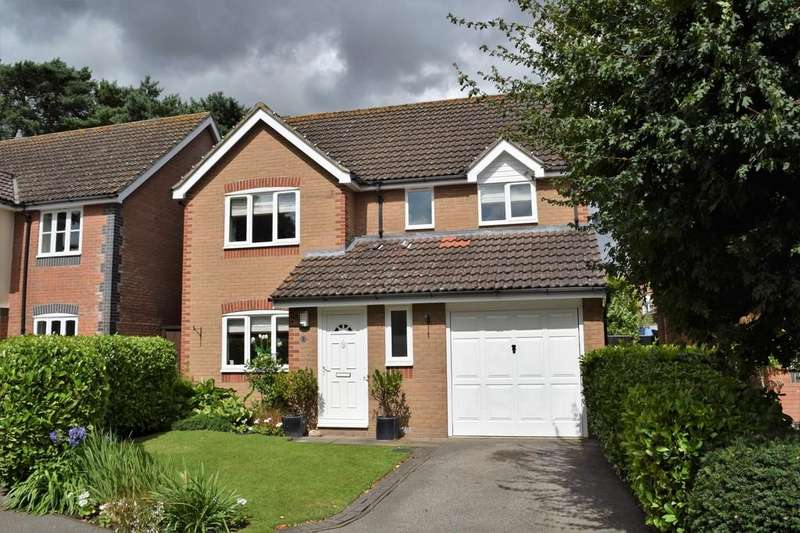 4 Bedrooms Detached House for sale in Plover Close, Thetford