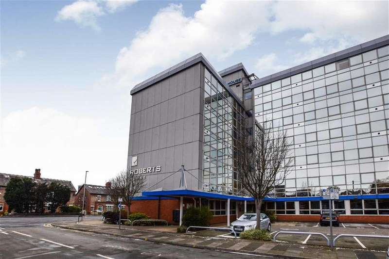1 Bedroom Apartment Flat for sale in Manchester Road, Altrincham, Cheshire, WA14