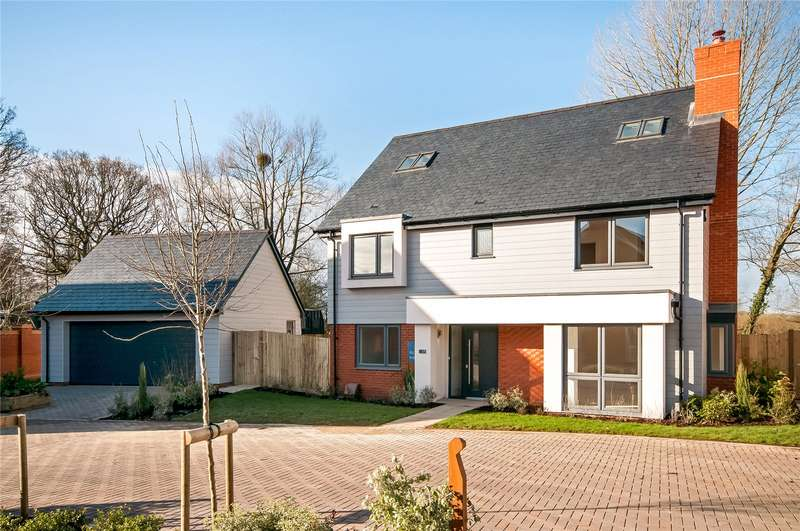 5 Bedrooms Detached House for sale in Oxlease Meadows, Cupernham Lane, Romsey, Hampshire, SO51