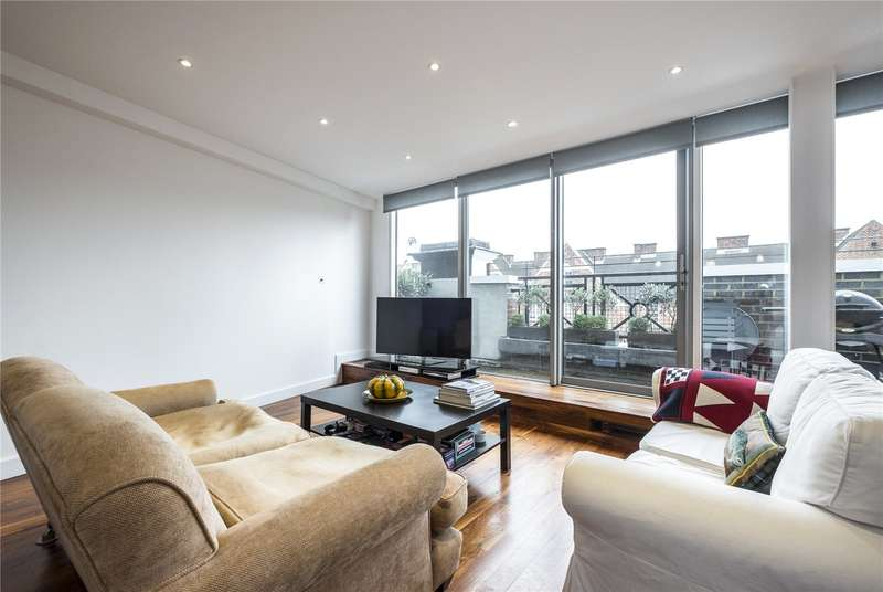 2 Bedrooms Flat for sale in Waterloo Road, London, SE1