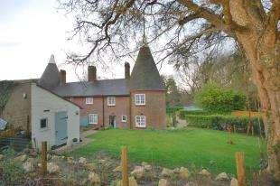 3 Bedrooms Semi Detached House for sale in Possingworth Oast, Blackboys, Uckfield, East Sussex