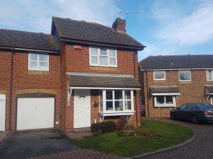 3 Bedrooms End Of Terrace House for sale in Turner Close, Sittingbourne, Kent