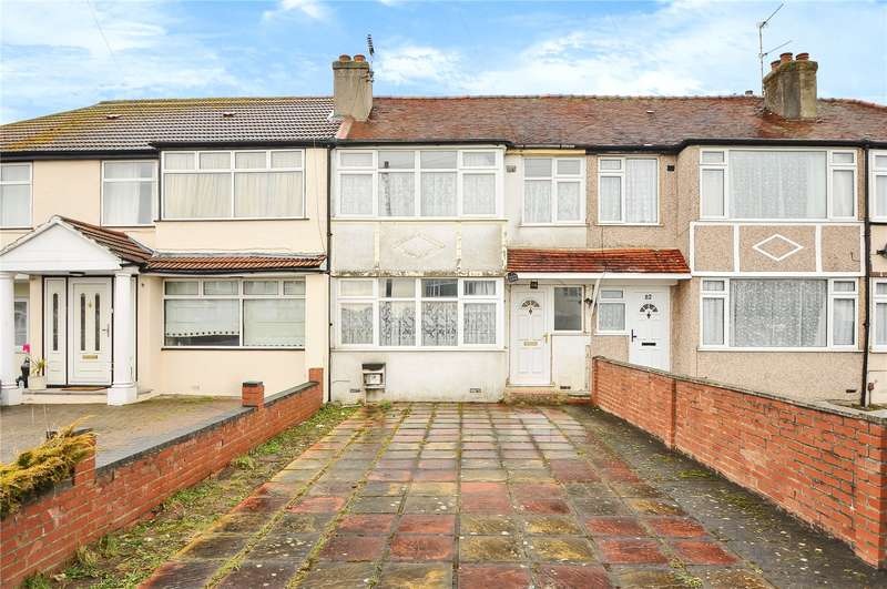 3 Bedrooms Terraced House for sale in Midhurst Gardens, Hillingdon, Middlesex, UB10