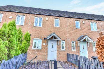 2 Bedrooms Terraced House for sale in Keighley Road, Illingworth, Halifax, West Yorkshire