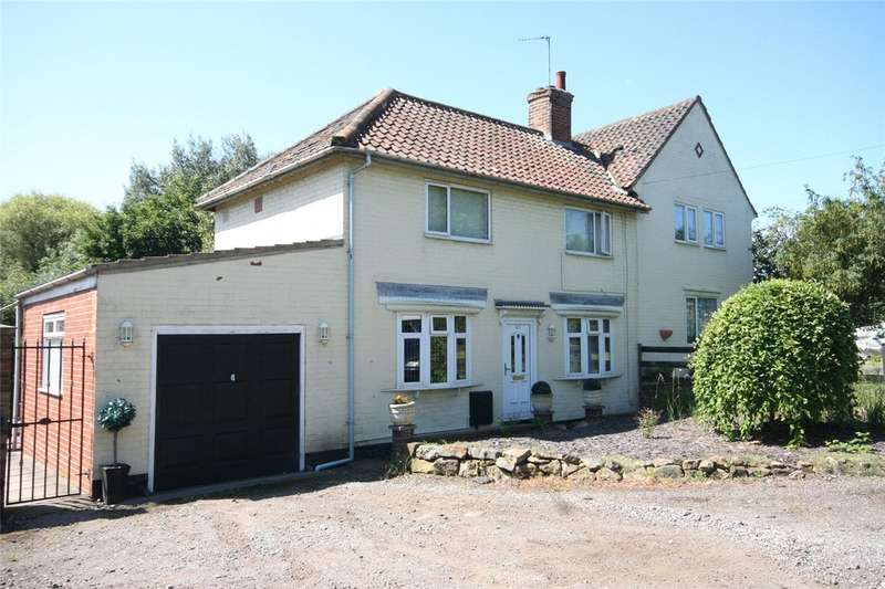 3 Bedrooms Semi Detached House for sale in New Road, Billingham TS23