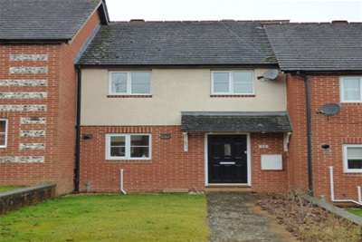 2 Bedrooms Terraced House for rent in Butterfield, Amesbury, SP4